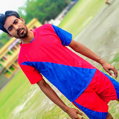 Sujan Bhai, the best player of Satkhira district's No. 9 union, plays volleyball and football well in all directions, so it is very nice to go near him and take some pictures and talk to him.