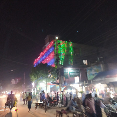 Hello friends, the picture you are seeing now is our Satkhira district, the picture is Satkhira main road.  Al Baraka Jewelers is a big market in Satkhira district.  This picture was taken when I visited Satkhira Matri on 24th October. Satkhira Al Baraka Jewelers Hall is one of the largest markets of Jewelers Shop where jewelery items of different prices are available here.  Among the jewelry items, different tourists prefer different types of carats.  The vendors of Al-Baraka Jewelers deliver goods according to the tourist's calendar.  At Al Baraka Jewelers the product is ordered from them and the order is returned after a certain time. When I go to Satkhira, I see Al-Baraka Jewelers teacher walking along the main road in the beautifully decorated city of Satkhira.