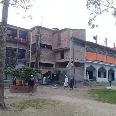 "The traditional Patkelghata Siddiquia Madrasa.Short History and Tradition""  Sufi Fazlur Karim Rah founded this religious institution in 1956, surrounded by natural beauty on the banks of Kopotaksh river near Panchali of Patkelghata police station.  Meanwhile, Maulana Aminul Haq Rah (the great lord), after crossing many rivers from distant Chittagong, anchored knowledge at this ferry ghat for the purpose of propagating the religion and was the first to take the responsibility of conducting this religious paradise by responding to the call of the Sufi.  He tried to implement the aims and objectives of the madrasa through extreme prudence and hard work.  As a result, from the very beginning, thousands of human children, having received religious education and initiation, have been working in different parts of the country and abroad for the welfare of Islam and the nation, with justice, devotion and honesty.  At the same time, it is playing a commendable role in stopping anti-social activities like Kufr-Shirk, Bidat-Superstition, Madak, Terrorism, Theft, Robbery, Murder, Kidnapping, Murder and Adultery.  At present, more than 500 students are studying in the Madrasa in the departments of Noorani, Najera, Hifz and Jamaat.  Twenty-five skilled and hardworking teachers are engaged in imparting education and initiation under the leadership of Maulana Monirul Haque, the present director of the madrasa.  In addition, this institution has been used for a long time as the center of the Tala-Patkelghata branch of the Education Board ""Befaq"" of Qawmi Madrasa Bangladesh.  With the closure of almost all educational institutions in our country like in the rest of the world due to the Corona epidemic, when the young and adolescent generation is misled by various crimes, the respected teachers of these Qawmi Madrasas continue to educate Qawmi students in hostile environments with the permission of the government.  He is continuing his efforts to build as a servant of the nation.  I think ""Siddiquia Madrasa"" is a cause of mercy and pride for the people of Patkelghata.  So the organization will go further with the sympathy and love of the locals,"
