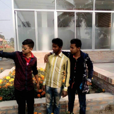 Here you can see three beautiful boys standing and taking pictures and in these three cells three more friends and their home is in Satkhira district and they are new to college and the boys are very nice to use and very beautiful their mind and picture shows flowers around them and beautiful and  The name Satkhira and the picture looks very beautiful and it is also seen that these boys love a lot and their names are Aashiq, Sumon, Ridhoy and this picture is Bangladeshi