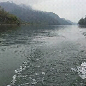 Sylhet's unique natural beauty and has proved to be one of the most popular tourist destinations in Bangladesh as the waterfalls and rivers of Sylhet are loved by many people today and many tourists come to visit here to see the numerous plants on the banks of this river and full of wonderful and natural beauty of Sylhet.