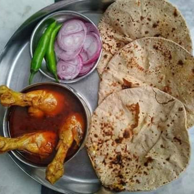 The people of Bangladesh love to eat on a full stomach no matter what, Pictures of favorite foods of Bengalis ,,, If you really become a citizen of Bangladesh and see such food, you are really greedy ,,, !!!