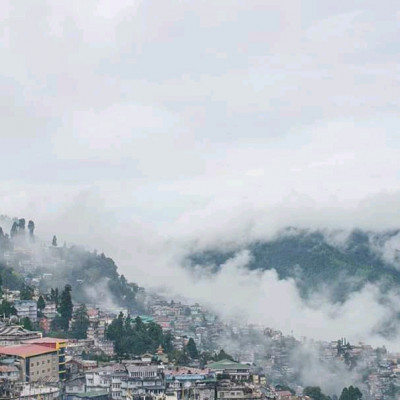 This picture is of Darjeeling. We all know what Darjeeling is like. Darjeeling is a place wrapped in a sheet of nature. Here is the beauty of the mountains. Which is very nice to see. However, the specialty of Darjeeling is that the land is covered with mountains. It snows here in winter. Conakry winter can be seen here. That picture has been published here. Moreover Darjeeling is famous for tea. The tea here is loved worldwide. Darjeeling is a place famous for tea cultivation. A large amount of foreign exchange is earned by exporting tea from Darjeeling every year. Which has brought India to the stage of development.