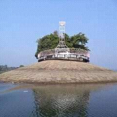 This picture shows a huge river in Barisal and a sitting area has been built on the very bank of this river. It looks like a dome has been built on top of this river.  It is made on the edge and it is made by many and it is made by many people. It looks very beautiful and you can see a view of it here and in this picture it is seen that it is a big river of Barisal and this place is made of this river.  This is a place where children can hang out and have a lot of fun. They get up in this place and it looks very beautiful. This is a place and you can see a view of it here. I hope this place will look very nice and it looks very beautiful.  The scene of boys and girls sitting on the very bank of the river.