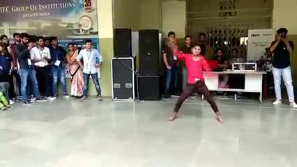 Best_Dance_ever_at_college.