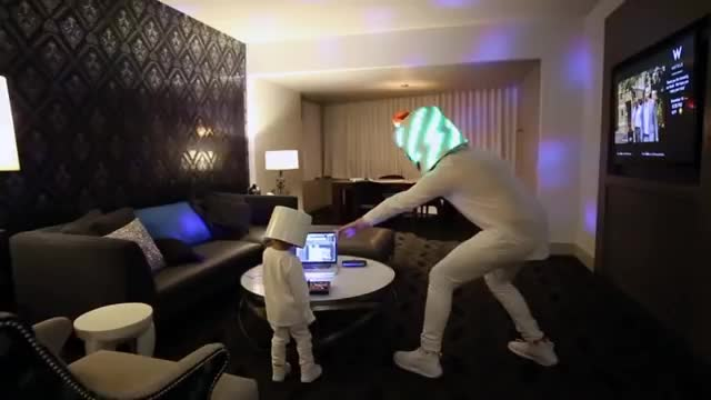 Marshmello_surprises_3_year_old_Lethan.