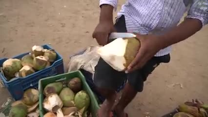 Very_Amazing_Coconut_Cutting_Skills___Indian_Street_Food.