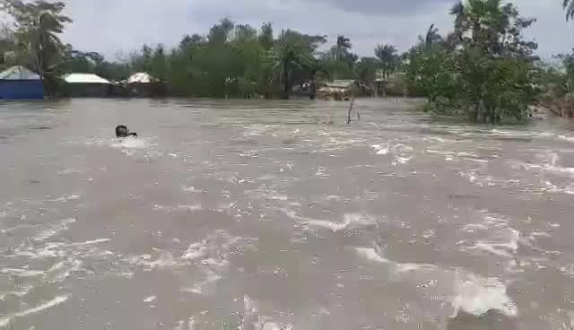 Construction of embankments to protect from storm problems
