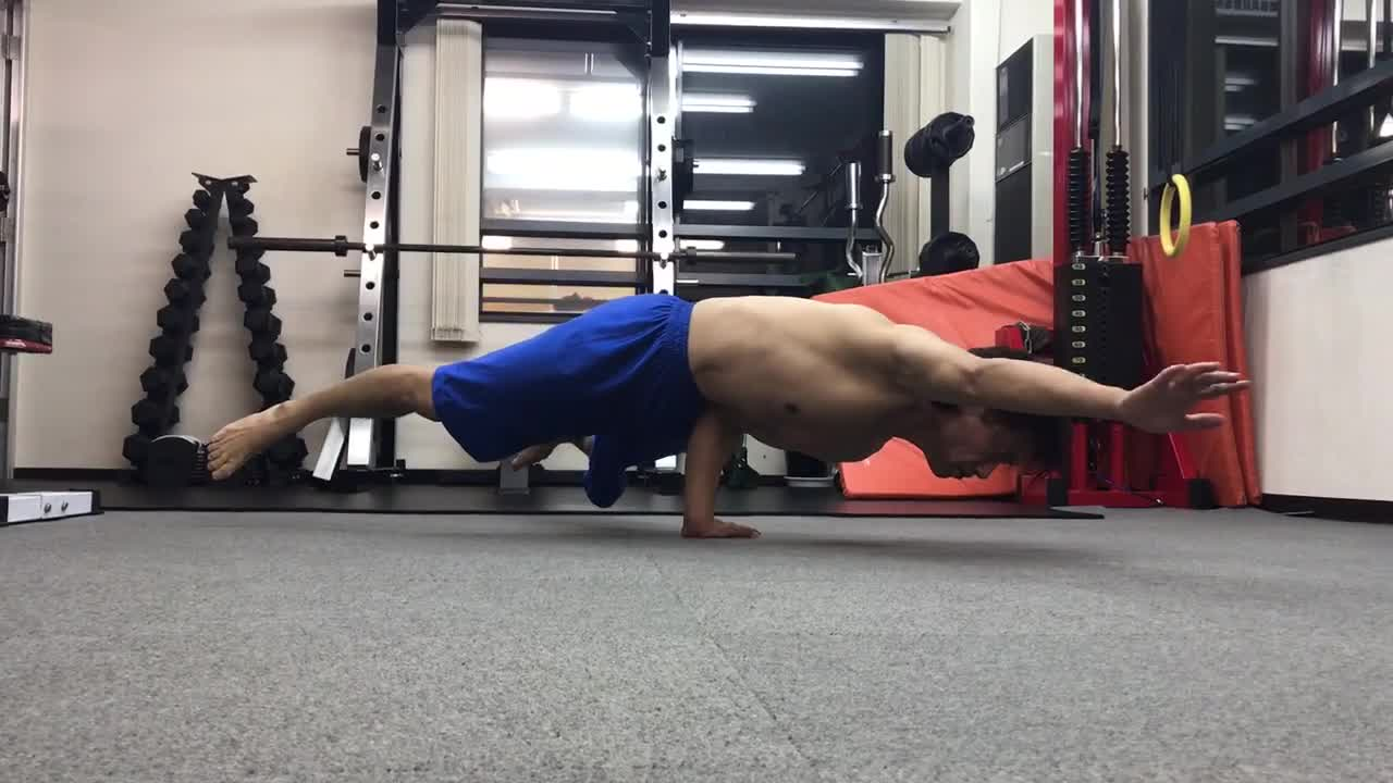 ONE HAND STAND on 2020.07.09.