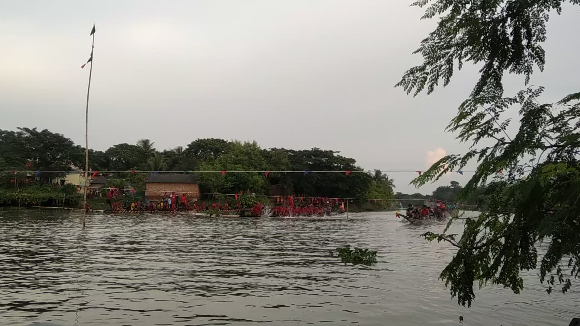 Boat racing competition
