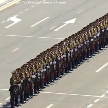 Seeing an extraordinary parade in the army❤️❤️