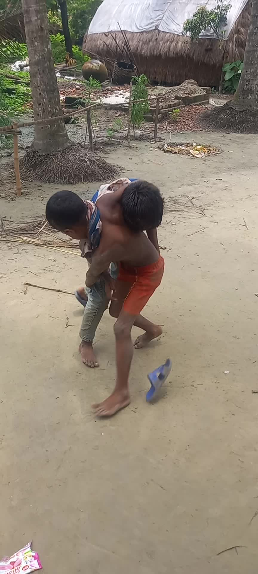 I was making a video when some children of the village were fighting while playing here.
