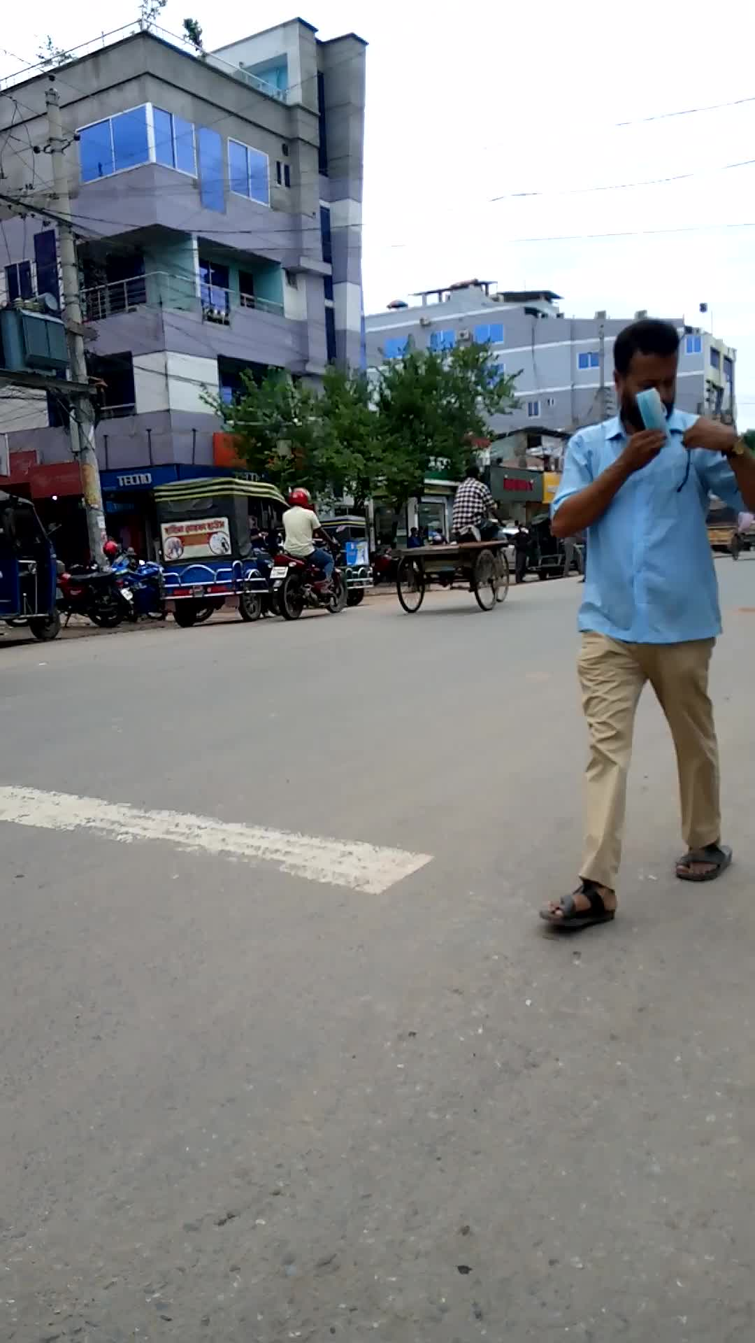 Satkhira is one of the busiest roads in the city