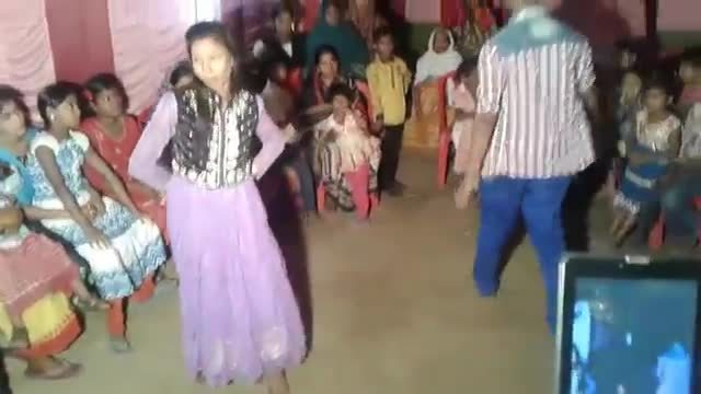 The children are dancing at the wedding house