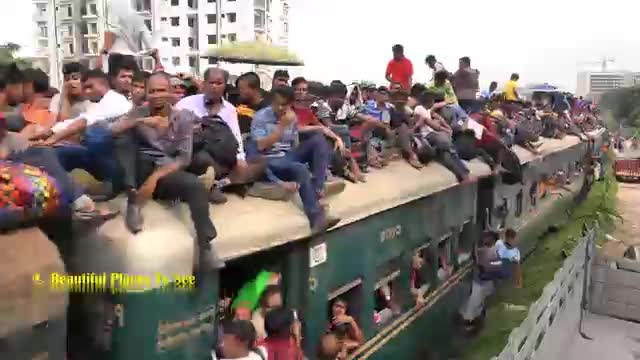 A video of a train with more passengers going from one place to another