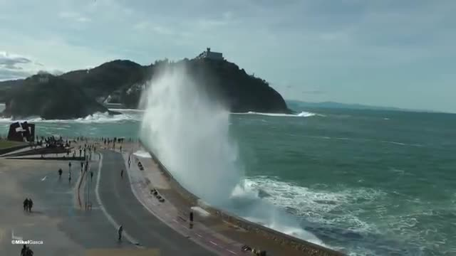 Beautiful moment. San Sebastian temporal.